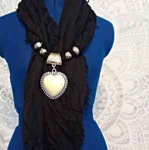 Accessories - NWOT Black Scarf with Pendant